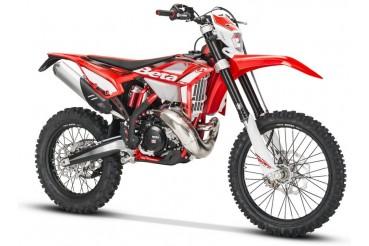 300 RR 2T 2021| BETA