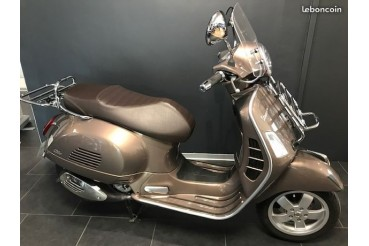 Scooter Vespa 300 GTS Touring